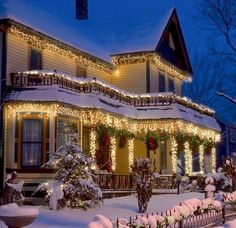 Of all the home businesses out there, Christmas Light Installation businesses may be one of the best kept secrets around. Most people think of hanging Christmas lights as a low paying, low potential, grunt work job, and therefore they Christmas Scenes, Noel Christmas, Victorian Christmas, Winter Christmas, All Things Christmas, Country Christmas, Winter Snow, Victorian Porch, Christmas Houses
