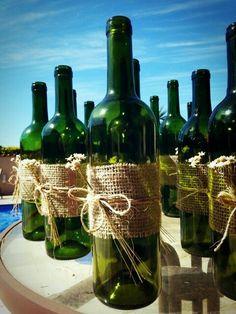 Best Wedding Reception Decoration Supplies - My Savvy Wedding Decor Diy Bottle, Wine Bottle Crafts, Bottle Art, Wine Bottle Centerpieces, Painted Wine Bottles, Wine Festival, Wedding Reception Decorations, Wedding Centerpieces, Diy Garden Decor