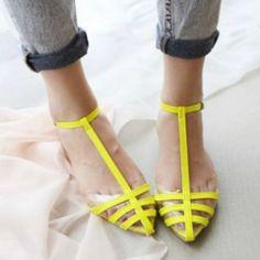 Women Jelly Beach Flat Shoes - Daisy Dress For Less - 1