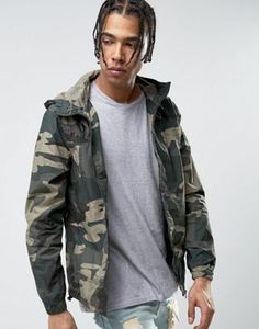 Buy Pull&Bear Zip Through Hooded Jacket In Khaki Camo at ASOS. With free delivery and return options (Ts&Cs apply), online shopping has never been so easy. Get the latest trends with ASOS now. Pull & Bear, Pull And Bear Men, Camo Fashion, Mens Fashion, Mens Spring Jackets, Army Look, Green Leather Jackets, T Shirt And Jeans, Camo Print