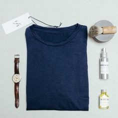 These are our men's essentials - what are yours? #FUNKTIONSCHNITT #tshirt #shirt #boys #gentlemansessentials #potd #flatlay #fashion #lookoftheday #styleinspiration