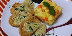 Hlavné jedlo - Page 3 of 8 - Tinkine recepty Gluten Free Recipes, Baked Potato, Free Food, Grains, Rice, Potatoes, Eggs, Meat, Chicken
