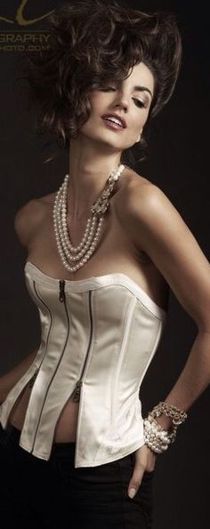 Girls in Pearls