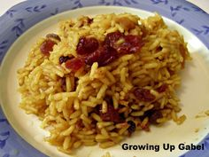 #FoodFunHop :: Curried Rice with Dried Fruit by http://growingupgabel.com