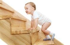Pourquoi la motricité libre est primordial pour l'enfant ? A commencer dès le plus jeune âge, découvrez tout ce qu'elle va apporter à l'enfant !