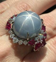 Indulged in a little stargazing at which offered a brief - and delightful - starsapphire. Sapphire Jewelry, Diamond Jewelry, Gemstone Jewelry, Faberge Eier, Blue Star Sapphire, Pearl Gemstone, Minerals And Gemstones, Pink Ring, Opals