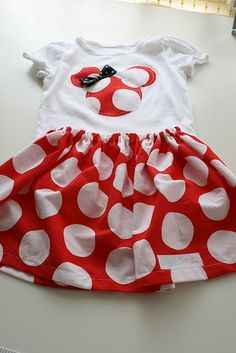 Minnie Mouse Outfit {Vintage Chic Home}