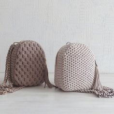 Crochet backpack pattern inspiration / crochet bag from t-shir yarn - Salvabrani - Knitting Crochet ideas Häkeln Sie Rucksackmuster Inspiration / Häkeltasche aus T-Shir-Garn - Salvabrani , Knitting Patterns Bag I share the process, so to speak) Sho Crochet Backpack Pattern, Free Crochet Bag, Crochet Clutch, Crochet Handbags, Crochet Cardigan, Crochet Baby, Knit Crochet, Crochet Stitches, Weaving