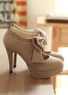 Bow tie high heel shoes