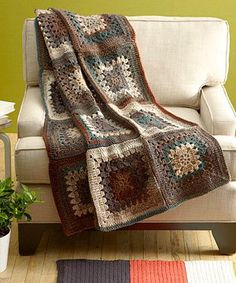 Free Crochet Pattern: Granny Throw Lion Brand® Tweed Stripes® Pattern: