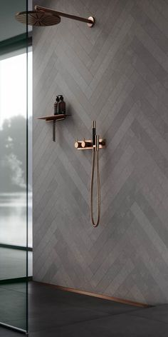 30 Amazing Small Bathroom Wall Tile Ideas To Get You .- 30 erstaunliche kleine Badezimmer Wandfliesen Ideen um Sie zu inspirieren amazi 30 amazing little bathroom wall tile ideas to inspire you amazi - Minimalist Kitchen Cabinets, Copper Bathroom, White Bathroom, Bathroom Modern, Minimalist Bathroom, Dark Grey Bathrooms, Copper Shower Head, Chevron Bathroom, Modern Shower