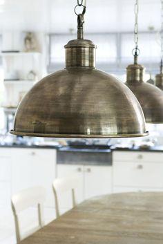 Hele mooie hanglamp voor boven de eettafel