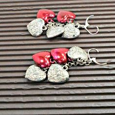 Earrings handmade silvertone red hearts leverback pierced Pat2 #Pat2 #dropdangle