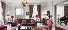 Rooms & Suites - Paris - Hotel Plaza Athénée | Dorchester Collection