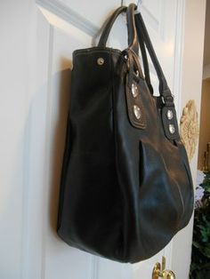 Great Look Tote Bag - Large Professional Trendy Black Tote Bag $24.99 with FREE SHIPPING   Closet of Laurie B. on Tradesy.   https://www.tradesy.com/member/laurie-b/140433/  #lauriebcloset