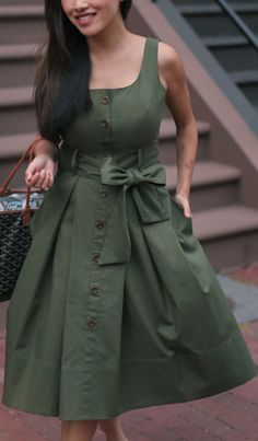 Olive Green Outfit, Green Dress Outfit, Green Shirt Dress, Olive Green Dresses, Dress Outfits, Casual Outfits, Cute Outfits, Urban Outfitters Women, Long Gown Dress