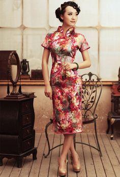 $126.09    Vintage Red Floral Long Silk Cheongsam Ladies Elegant Chinese Qipao Dresses