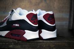 ~| Nike, Air Max 90 - burgundy for fall |~