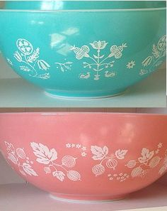 Pyrex bowls ❤ Please visit my Facebook page at  www.facebook.com  f8423e90288