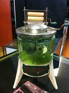 Very Rare Busy Betty Washing Machine Hoge Manufacturing Co N Y Antique Washing Machine, Small Washing Machine, Washing Machines, Vintage Laundry, Antique Toys, Kitchen Stuff, Blues, Bucket, Kitchen Appliances