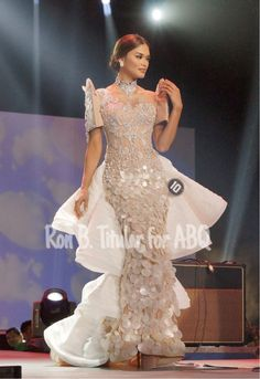 Modern Filipiniana Gown, Filipiniana Wedding, Mermaid Dresses, Prom Dresses, Formal Dresses, Pia Wurtzbach Style, Barot Saya, Miss Pageant, Beauty Pageant