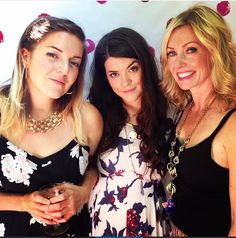 Johnny Cash's granddaughters: Chelsea, Carrie and Hannah Crowell (parents are Rodney Crowell and Rosanne Cash). What beautiful southern belles!!