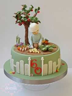 keen gardener created for my friends father who turned 60 last week he loves working in his garden so the design of the cake was