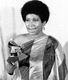 Aretha Franklin, Rich Man, Bbc News, Singers, Musicians, Legends, Bands, Mom, People