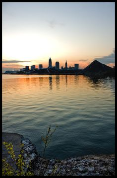 this city, is my city! and i looove it yeah i loove Cleveland Skyline, Cleveland Rocks, Cleveland Ohio, Medina Ohio, County Seat, Lake Erie, Parma, Online Art Gallery, Maryland