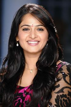 Are Wedding Bells ready for tall Beauty #Anushka?   Read more at: http://andhrabugle.com/movie-news.php?mid=1031#.VNXKDOaUdOI