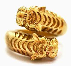 Dragon dark gold ring
