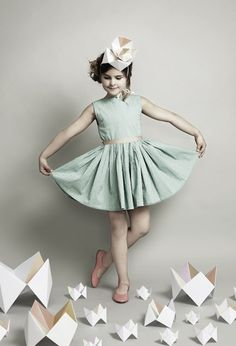 Kids and Paper Art by Fideli Sundqvist Shot by Maria Wretblad for Papier Mâché Lighting dress pose