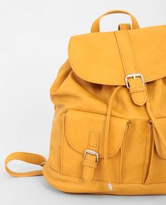Mustard woman backpack Source by paulettemomo Backpack Purse, Leather Backpack, Fashion Bags, Fashion Backpack, Tods Bag, Expensive Handbags, Back Bag, Backpack For Teens, Cute Backpacks