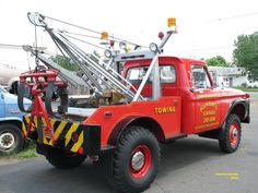 Plunske's Garage, Wallingford CT - Ford w/ Stringfellow wrecker (unit Towing And Recovery, Ford 4x4, Tow Truck, Old Trucks, Transportation, Automobile, Monster Trucks, Vehicles, Buses