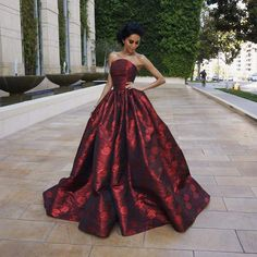 Lilly Ghalichi, amazing dress Dara Gown by Walter Collection