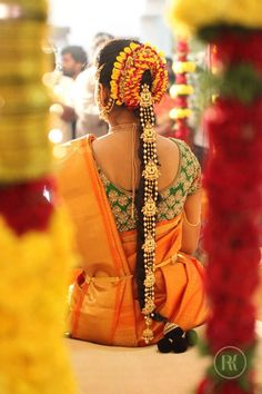 Trendy and Eye-Catching Poojadai for South Indian Pretty Brides – Vaagai Bridal Hairstyle Indian Wedding, South Indian Bride Hairstyle, Indian Bridal Hairstyles, Indian Bridal Fashion, Bride Hairstyles, Bridal Braids, Bridal Hairdo, Gold Hair Accessories, Hair Decorations