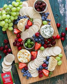 Summer Snacker Platter w/ Quinoa Wafer Cracker