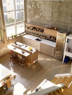 How to Design a Vintage-Modern Kitchen - Sunset Mobile Loft Kitchen, Studio Kitchen, Kitchen Interior, Kitchen Dining, Open Kitchen, Nice Kitchen, Kitchen Art, Artist Loft, Cocinas Kitchen