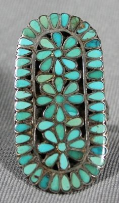 Turquoise Jewelry Native American I have a ring almost identical to this one and I love it! Turquoise Flowers, Vintage Turquoise, Turquoise Jewelry, Silver Jewelry, Zuni Jewelry, Jewlery, Wedding Turquoise, Wire Jewelry, Handmade Jewelry