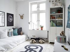 Awesome & Stylish Scandinavian Kids Room Design and Decor - Page 28 of 48 Scandinavian Kids Rooms, Scandinavian Style, Scandinavian Interior, Diy Kids Furniture, Inexpensive Furniture, Kids Room Design, Kid Spaces, Baby Shop, Boy Room