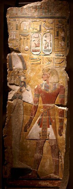 Berlin, Neues Museum, Pharao Sethos I. vor Osiris (New Museum, Pharaoh Seti I. before Osiris)