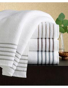Ivory Sheets And Hunter Comforter Find This Sheet Set Patterned In Any Value Pak On Ocm Dorm Ourcampusmarket Bedding Pinterest