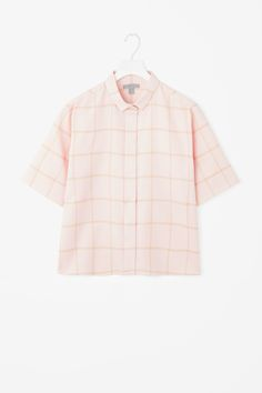 http://www.cosstores.com/pl/Women/New/Boxy_textured_shirt/32993034-44209524.1