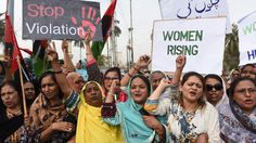 Pakistan's government closes a loophole allowing those behind so-called honour killings to go free if they are forgiven by the victim's family.
