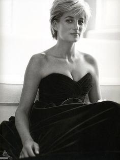 Princess Diana, photographed by Mario Testino, 1997