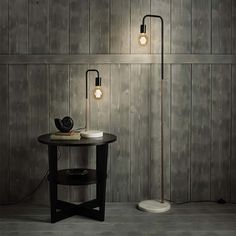 Step forward Aldi, which is selling this knockout vintage-style floor and table lamp set, with marble and copper-effect details
