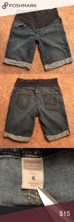 Old navy maternity Jean shorts Listing is for Size 6. Old Navy maternity jeans shorts. Like new condition. Navy blue Tom size 7.5 are available for purchase in my closet 🙂 Old Navy Shorts Jean Shorts