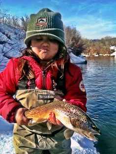FLYFISHERGIRL.COM - Real Women, Real Fish, Real Adventure. Grew up just like this! Loved time fishing with my Daddy