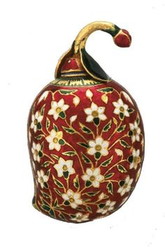 An enamelled gold perfume flask in the form of a mango MUGHAL INDIA OR DECCAN, FIRST HALF 17TH CENTURY