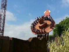 Isla Mágica é um parque de diversões da Espanha localizado em Sevilha. Criado a partir das instalações da Expo '92, foi inaugurado em 1997.